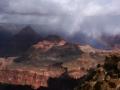 大峡谷彩虹